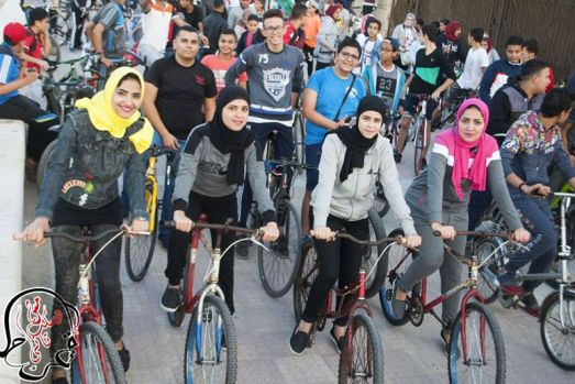 Egypt-women-bikers-MAIN