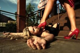 Women_stepping_on_women-3